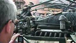 Смотреть Мотоцикл с танковым двигателем