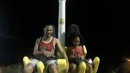 Папе весело, а дочь в шоке смотреть видео прикол - 1:04