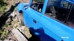Смотреть Последствия выпендрёжа на дорогах