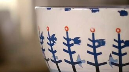 Волшебный рисунок на керамике смотреть видео - 0:46
