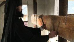 Румынский монах и доска смотреть видео прикол - 3:06
