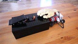 Смотреть Противостояние двух бессмысленных роботов