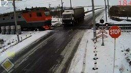 ДТП на железнодорожных переездах смотреть видео прикол - 9:25