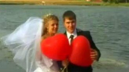 Смотреть Эффектный момент на свадьбе