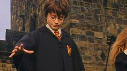 Смотреть Гарри Поттер в обычном ВУЗе