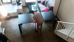 Смотреть Удобный стол-трансформер