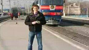 Смотреть Опоздал на поезд, зато прославился
