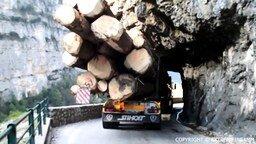 Смотреть Экстрим на нагруженном грузовике