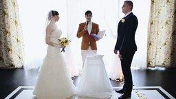 Смотреть Ведущий сорвал свадьбу