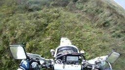 Смотреть По бездорожью на мотоциклах