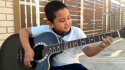 """Мальчик исполняет песню """"Нирваны"""" смотреть видео прикол - 6:47"""