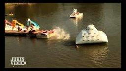 Смотреть Неудачный полёт в воду