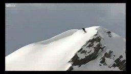 Смотреть Везучий лыжник и лавина