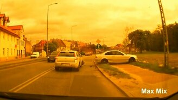 Смотреть Автоказусы и дорожные происшествия