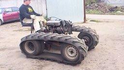 Смотреть Гусеничный трактор - самоделка