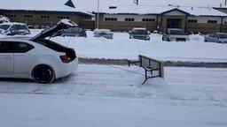 Смотреть Бюджетный снегоуборщик