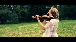 """Смотреть Мелодия из """"Властелина колец"""" на скрипке"""