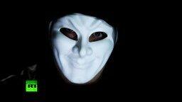 Смотреть Всемогущие российские хакеры