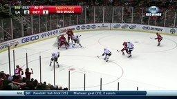 Смотреть Ловкий случайный гол в хоккее