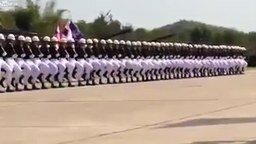 Чёткое выступление тайских солдат смотреть видео - 3:35