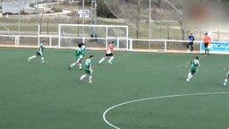 Вратарь забил гол от своих ворот смотреть видео - 0:26