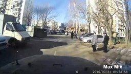 Самые безумные пешеходы смотреть видео прикол - 5:03