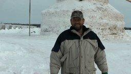 Смотреть Огромнейший снеговик
