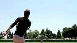 Смотреть Очень меткий бейсболист