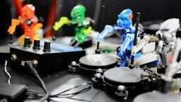 Смотреть Музыка от роботов Лего