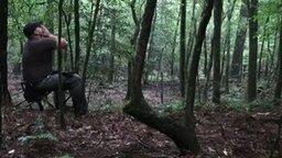 Смотреть Койоты отзываются на вой охотника