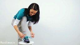 Смотреть Завязываем шнурки за 2 секунды