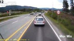 Чудаки учат шофёров грузовиков смотреть видео прикол - 5:24