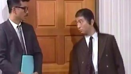 Смотреть Розыгрыш с дверью в офисе