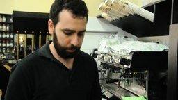 Смотреть Как приготовить красивый кофе