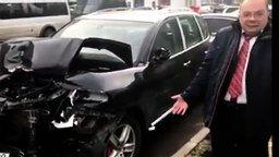 Смотреть Боль мужа от разбитой женой машины