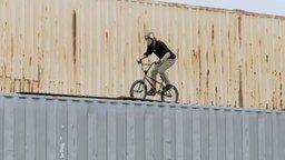 Смотреть Восхитительные велотрюки