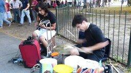 Смотреть Уличные таланты-музыканты