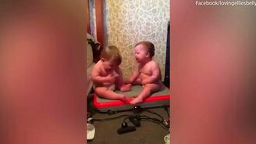 Аттракцион-трясучка для малышей смотреть видео прикол - 0:29