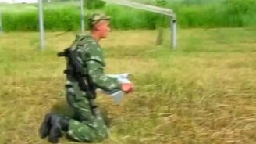 Русские солдаты и американский спецназ смотреть видео прикол - 1:25
