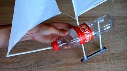 Как произвести яхту изо бутылки