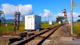 Перекрёсток железных дорог смотреть видео прикол - 2:10