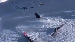 Почему лыжи не едут? смотреть видео прикол - 0:21