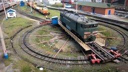 Поворотный круг для разворота локомотива