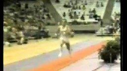 Неудача с прыжком на спортконя смотреть видео прикол - 0:03