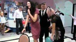 Забавы на русской свадьбе смотреть видео прикол - 3:05