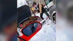 Как в Иркутске заводят автомобиль в мороз смотреть видео прикол - 0:14