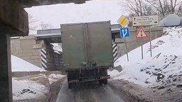 Полоса препятствий для грузовиков смотреть видео прикол - 0:41