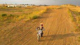 5-летний мотоциклист смотреть видео прикол - 1:40