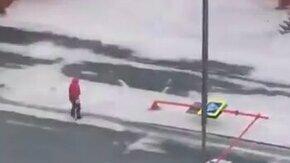 Ураган в Норильске смотреть видео прикол - 1:02