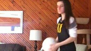 Чем чреват волейбол дома смотреть видео прикол - 0:07